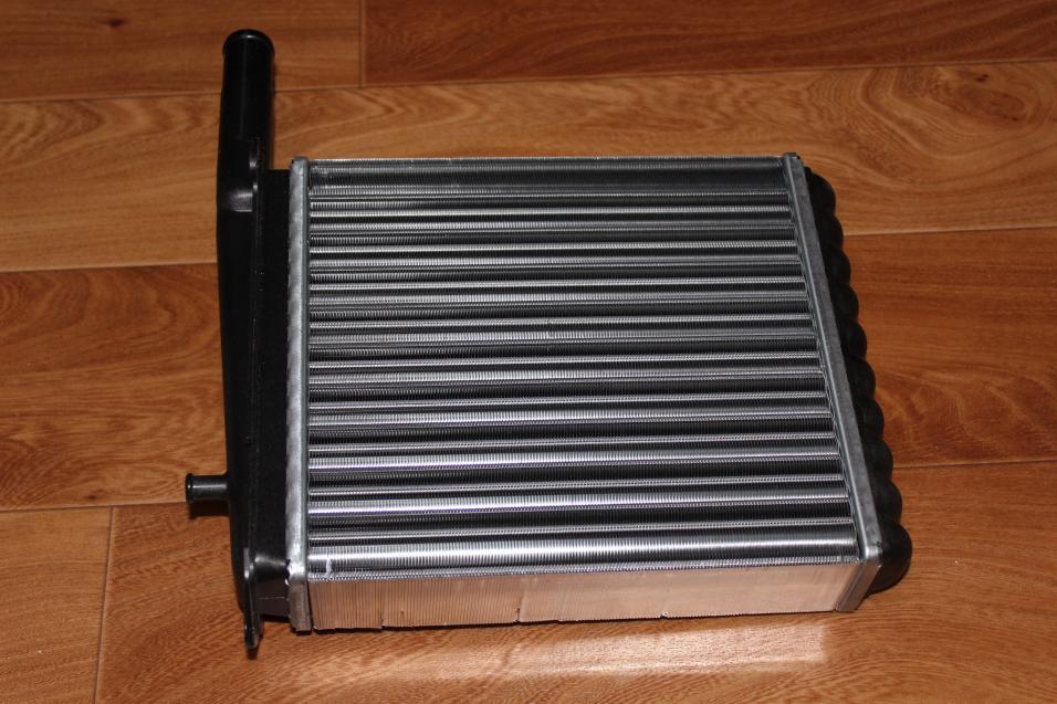 Алюминиевый радиатор печки