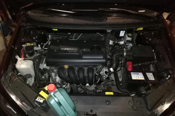 Замена масла в двигателе Джили Эмгранд ес7